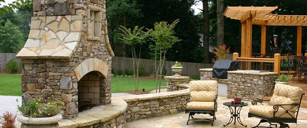 Outdoor Fireplaces and Kitchens in Atlanta
